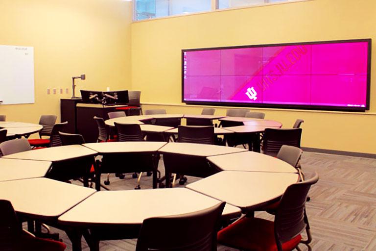 Immersive Showcase Classroom AD1000 in University Hall at IUPUI campus.